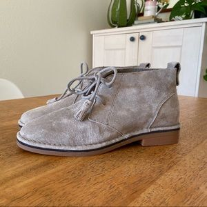 HUSH PUPPIES Cyra Catelyn Desert Chukka boots